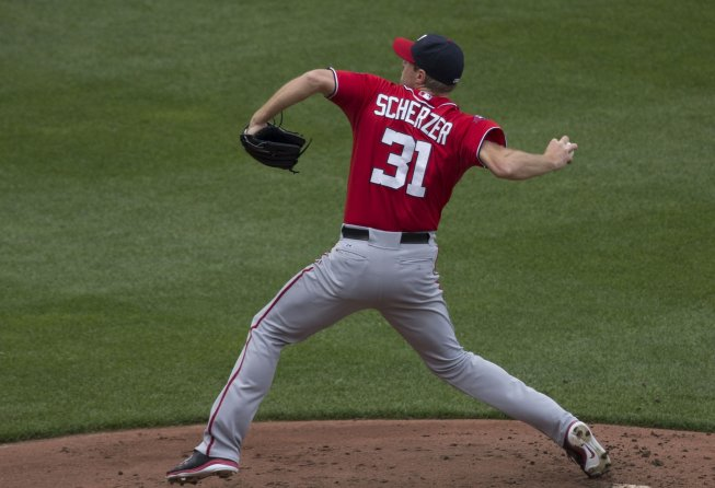 Max Scherzer delivers a pitch for the Nationals