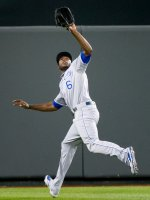 Lorenzo_Cain_on_May_7,_2013