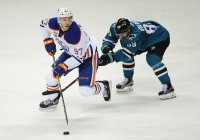 McDavid dangles against the Sharks