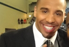 Andre Ward giving the no. 1 sign