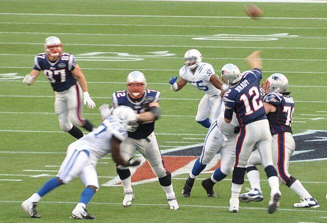 Tom Brady looks for his favorite target, Rob Gronkowski
