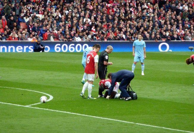 Arsenal struggles against Man City.