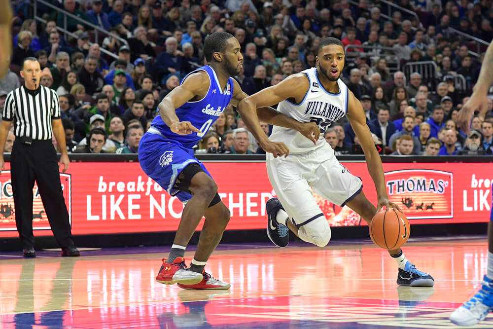Mikal Bridges of Villanova driving the lane