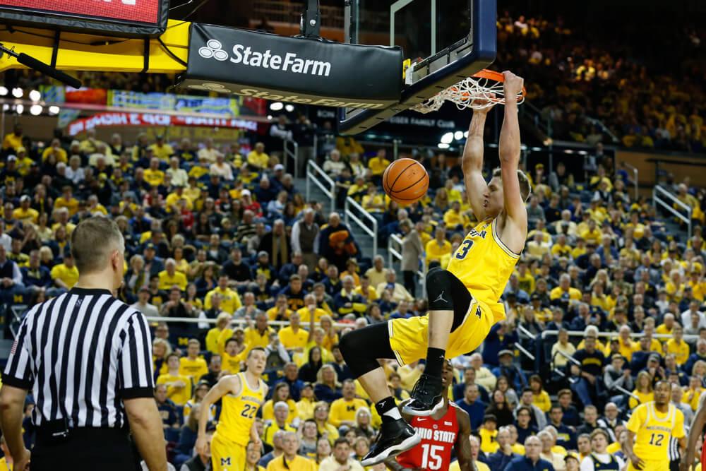 Michigan's Moritz Wagner dunking