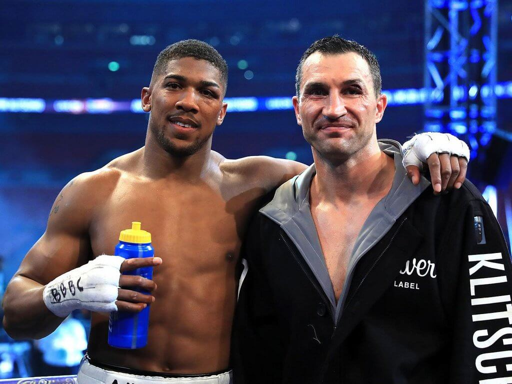 Anthony Joshua (L) and Wladimir Klitschko (R) after one of the best fights of the year.