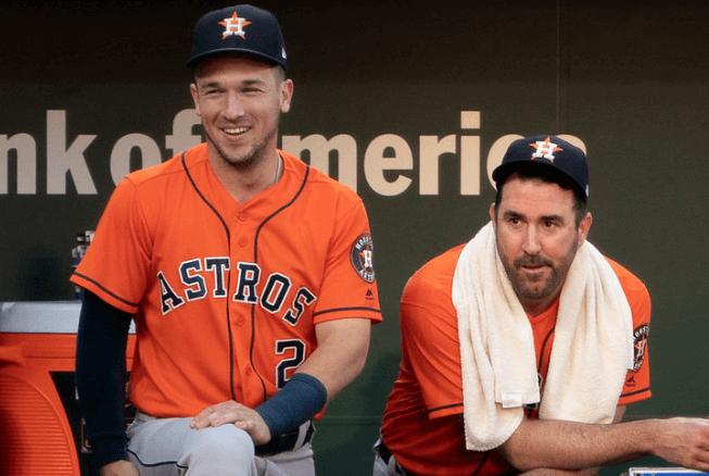 Alex Bregman and Justin Verlander in the Astros' dugout